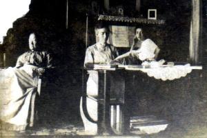 sara-merchant-jennie-carrell-gertrude-carrell-3-generations